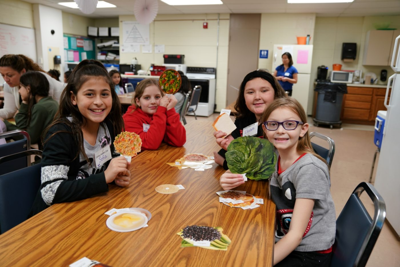 Students participate in Best Food Forward Club